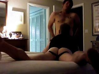 सेक्सी त्रिशंकु जॉक नियमित कुतिया बिल्ली को जन्म देती है