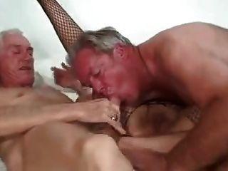 परिपक्व जोड़ी और दोस्त 1 bisex