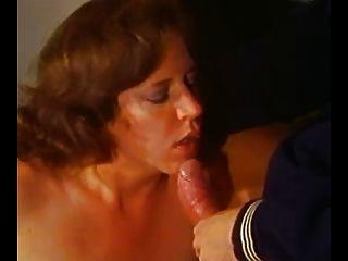 विंटेज - redheaded माँ एक छोटा आदमी करता है