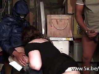 फ्रेंच बीबीडब्ल्यू फ्लोरेंस Gangbanged