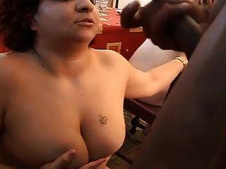 स्पेनिश जंगली, गंदा सेक्स पार्टी