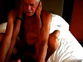 दो grandpas गर्म कमबख्त
