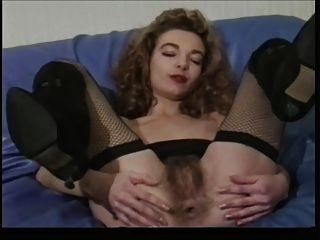 विंटेज फ्रेंच बालों वाली गुदा dildo
