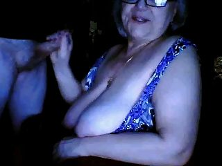 रूस नानी भारी स्तन चमकती n पति वेबकैम चूसने