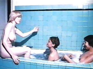 Trois मर्लिन जेस के साथ एक पेरिस (1979) lyceennes