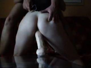 पत्नी dildo कमबख्त संभोग करने के लिए
