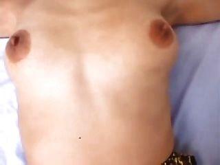 गर्म एशियाई दादी सेक्स