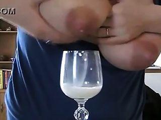 स्तन का दूध