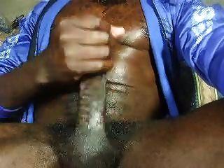 Str8 बड़ा गोमांस राउल