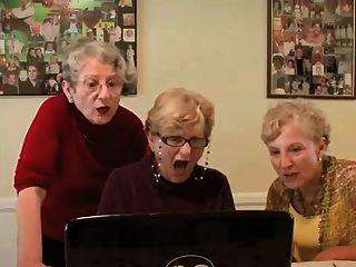 3 grannies एक नज़र रखने ..