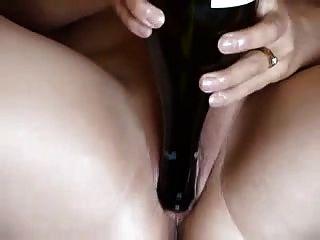 ककड़ी और बोतल के साथ सेक्सी मोटा शौकिया
