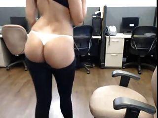 स्काइप पर सेक्सी देसी कुतिया