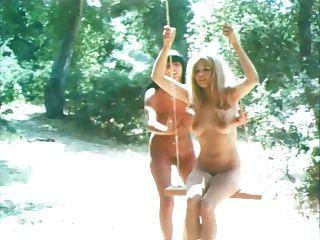 मिस यूनिवर्स प्रतियोगिता नग्न 1967 (करतब। Kellie Everts)