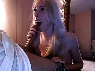 सेक्सी पतला गोरा बेकार है और निगल