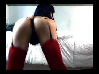 एक पेटी में crossdresser twerking