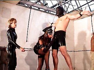 mistresses और उनके गुलाम