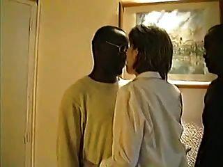 विक्टोरिया, फ्रांसीसी पत्नी 3 अश्वेतों, भाग -1 के साथ आंखों पर पट्टी