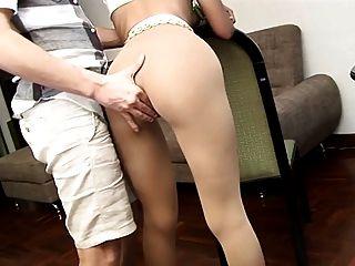Pantyhose में पत्नी