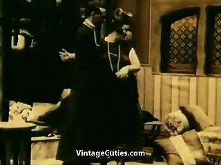 हस्तमैथुन और अनुनय (1920 के दशक पुराने) चूसना