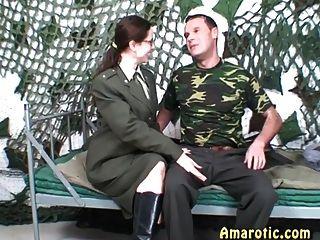 रोल प्ले 6: सेना सेक्स