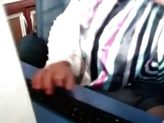 turbanli camda masturbasyon तुर्क