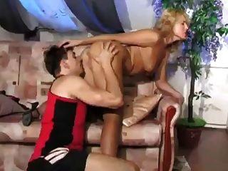 रूसी लड़का बकवास सेक्सी माँ