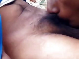 कामुक इंडियन चूसने वाला