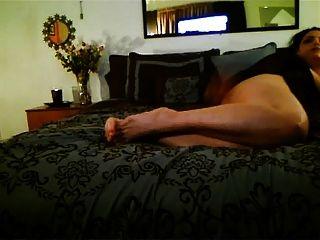 पैर, पैर और बड़े गधे!