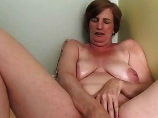 अच्छा हस्तमैथुन और सेक्स के खिलौने के साथ
