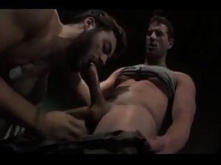 गर्म सेना सेक्स