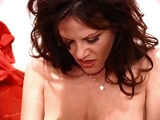 बड़े स्तन के साथ dildo