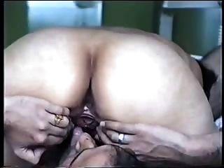 भारतीय जोड़ी मौखिक और veggie सेक्स