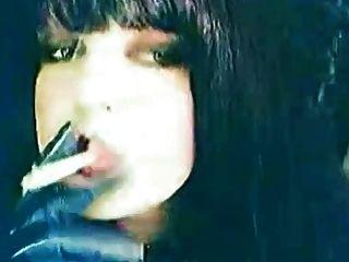 चुप समय धूम्रपान से पहले मैं अश्लील देख रही है हस्तमैथुन :)