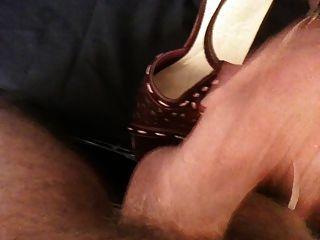 मेरी गर्लफ्रेंड सेक्सी ऊँची एड़ी चप्पल प्यार