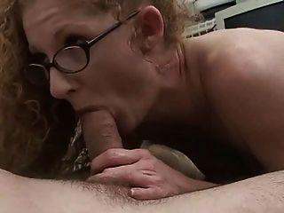 रेड इंडियन माँ के साथ लाल लाल योनी !!!