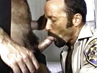 धूम्रपान पुलिस डैडी
