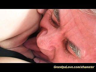 प्यार में सींग का दादाजी