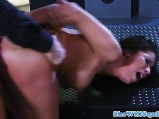 busty squirting milf उसके गधे fucked हो रही है