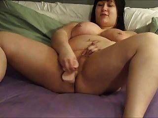 बीबीडब्ल्यू कैमरे पर खुद में एक dildo shoves 2