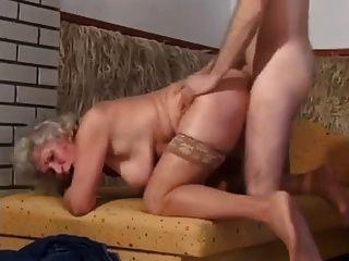 गुदा के साथ नानी गुदा हो जाता है