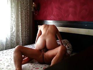 शौकिया तुर्की पत्नी
