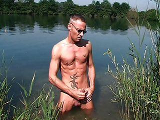 झील में झटका