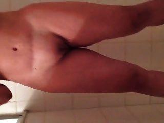 पत्नी विशाल busty बौछार