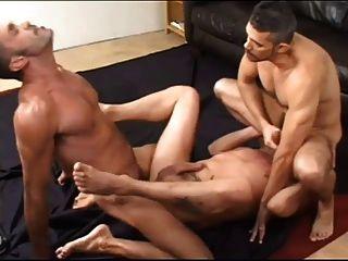 टोनी ज़ेरानो, लियो क्रूज़, और टोनी लंदन