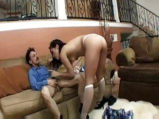 लड़की पुराने और fucks seduces