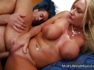 milf roxy किसी न किसी सेक्स और jizz प्यार करता है