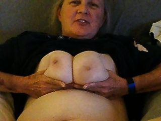 उजागर और अनजान पत्नी Cora मेरे लिए नग्न हो जाता है
