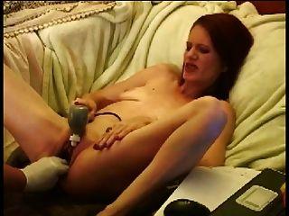 पतला परिपक्व सेक्सी कट्टर बिल्ली फिस्टिंग