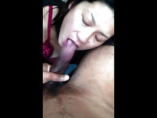 एशियाई लड़की शैली के साथ काले डिक चूसने