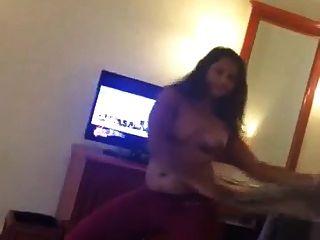 भारतीय तमिल कॉल लड़की नृत्य